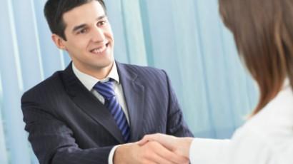 8_job-interview-etiquette-flash
